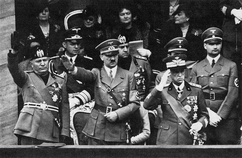 Risultati immagini per Hitler duce