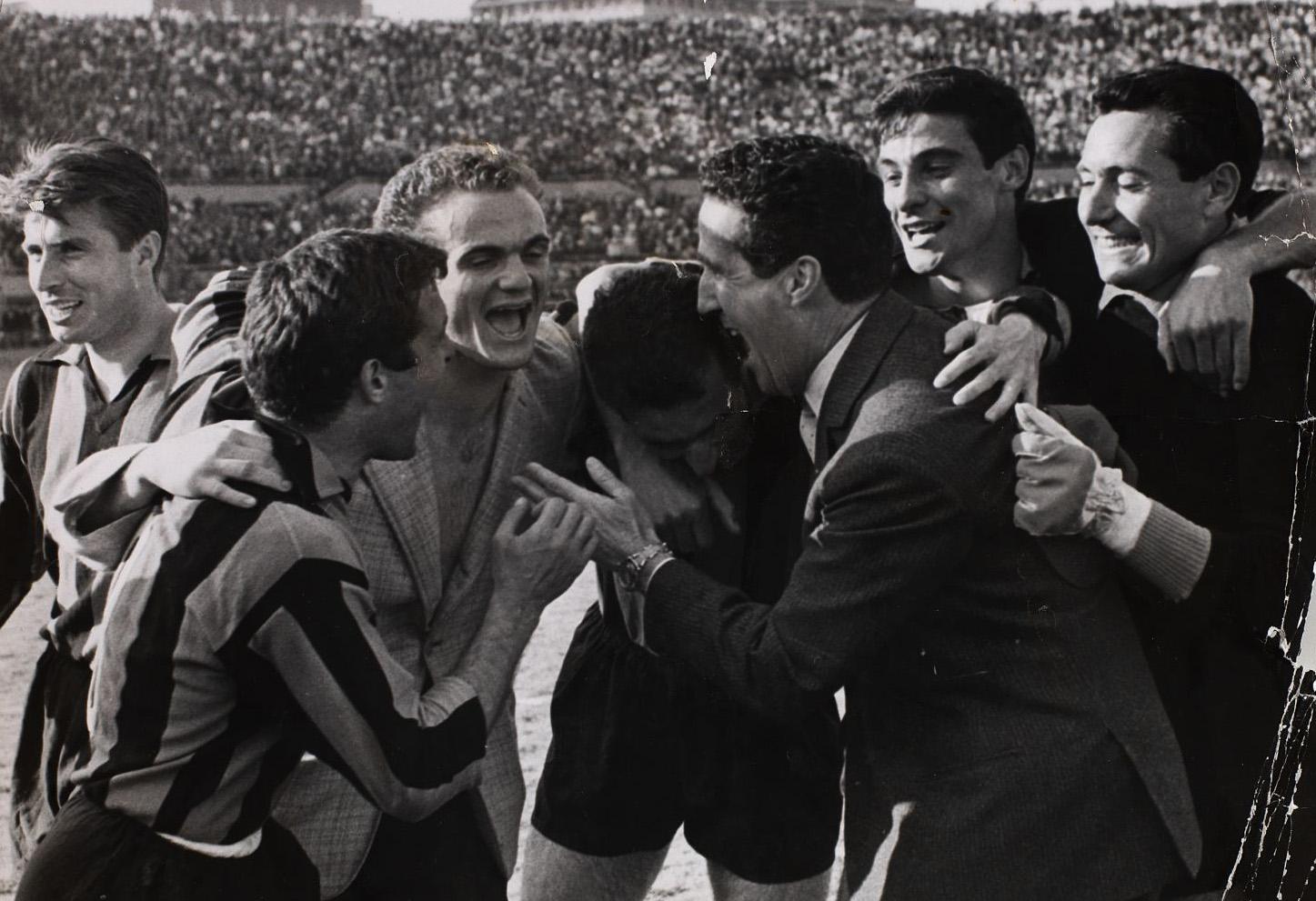 File Serie A 1962 63 Juventus vs Inter Mazzola Bugatti