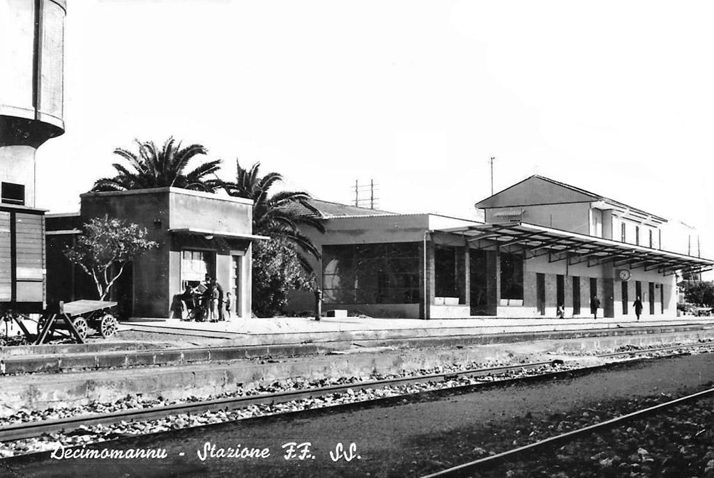 Stazione di decimomannu 1871 wikipedia for 2 piani di cabina di ceppi di storia