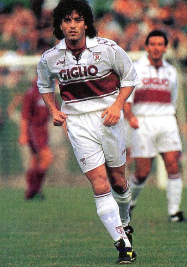 Futre in azione con la maglia della Reggiana nel 1994