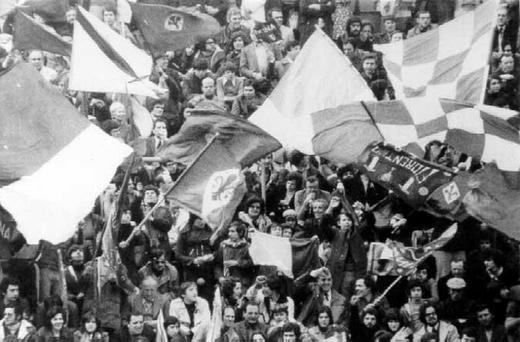 Tifosi_Fiorentina_Anni_%2760