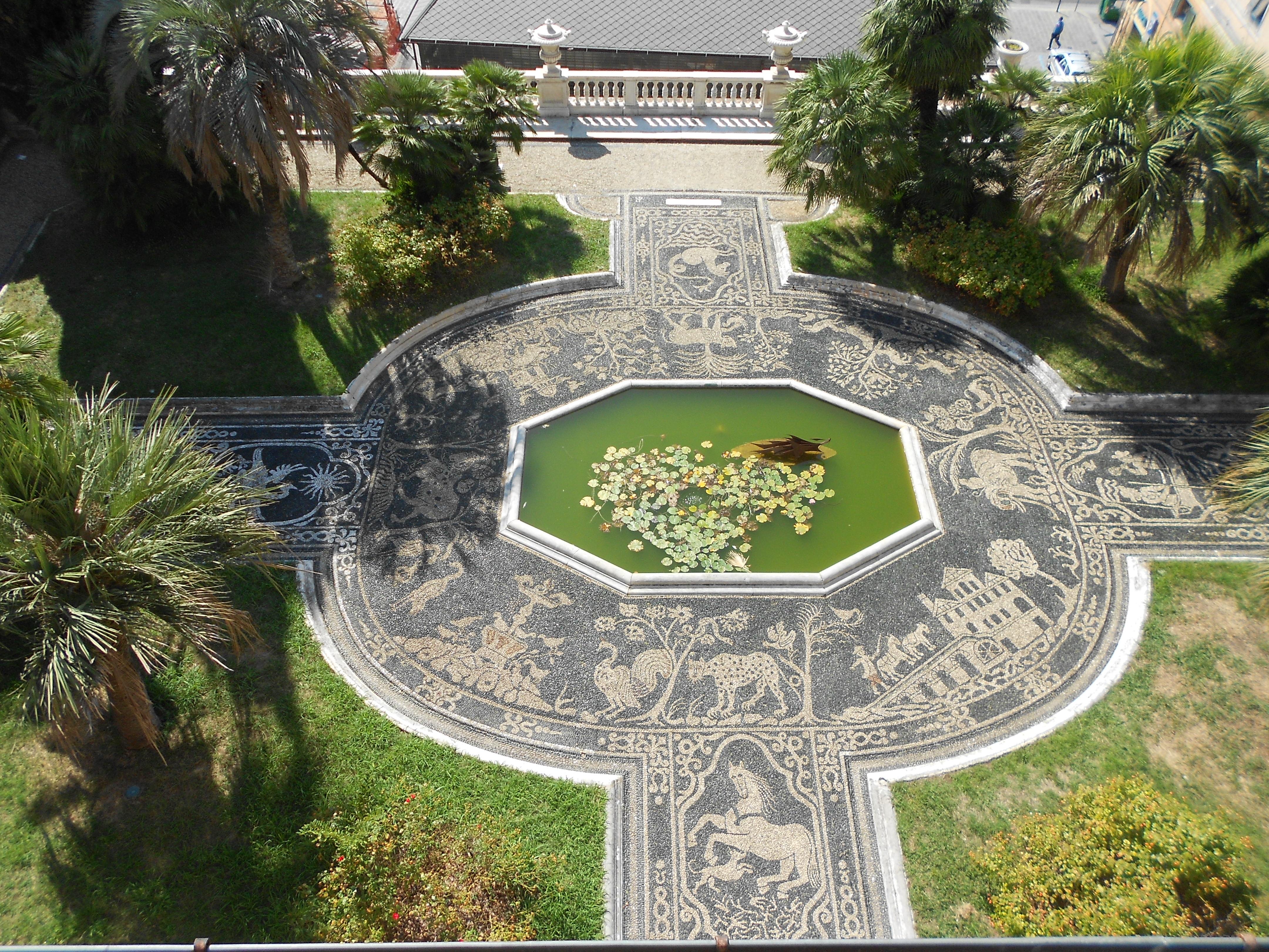 File risseu di palazzo reale genova jpg wikipedia - Pilozzo da esterno ...