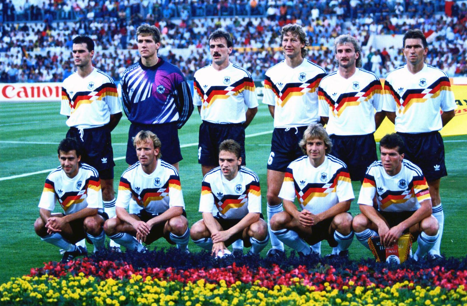 Adidas riprende il modello della Germania 1990 | numerosette.eu