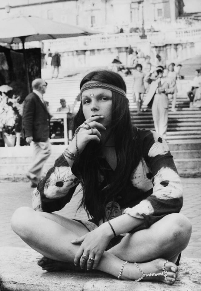 how to get a hippie girl