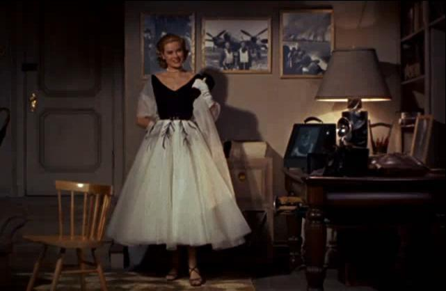Vestito bianco e nero di grace kelly wikiwand for Grace kelly fenetre sur cour
