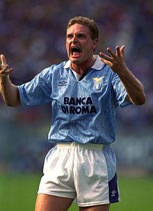 Gascoigne con la maglia della Lazio nella stagione 1992-1993