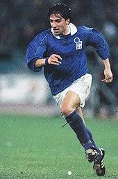 170px-Del_Piero%2C_Italia-Ucraina_1995.j