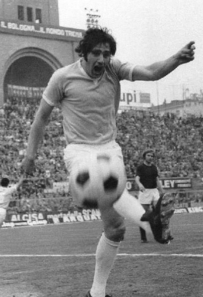 File:Giorgio Chinaglia 1973-74 2.jpg