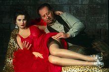 Debora Caprioglio e Tinto Brass in uno scatto di scena sul set del film Paprika (1991)