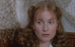 Affaredidonne-Huppert.png