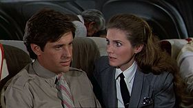 Robert Hays e Julie Hagerty in una scena del film