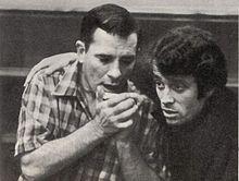 Gian Pieretti con Jack Kerouac, durante una delle conferenze tenute insieme nell'ottobre del 1966