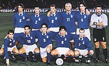 Cannavaro (n. 5) in nazionale nel 1997, nei play-off UEFA per la qualificazione al campionato del mondo 1998.