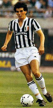 Un giovane Pioli in azione alla Juventus nella stagione 1984-1985
