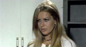 Catherine Spaak in una scena del film