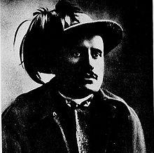 Mussolini con l'uniforme dei Bersaglieri (1915) durante la prima guerra mondiale