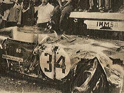I resti della D24 di Felice Bonetto dopo il mortale incidente