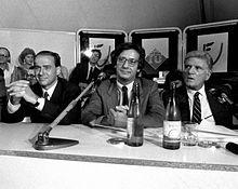 Walter Veltroni con Silvio Berlusconi e Sergio Zavoli nel 1986 alla Festa dell'Unità