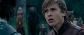 Peter Pevensie (William Moseley) ne Il principe Caspian