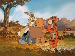 Winnie the pooh conquista twitter e il cuore delle persone ballando