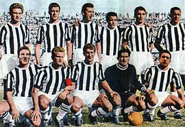 Juventus Football Club 1955-1956.jpg