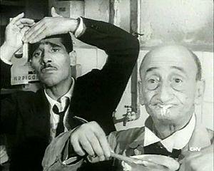 Carlo Pisacane (a destra) con Tiberio Murgia in Audace colpo dei soliti ignoti di Nanni Loy