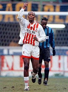 223px-Phil_Masinga_-_AS_Bari_1997-98.jpg