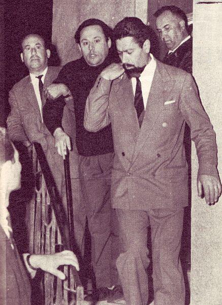 File:L'arresto nel 1964 di Luciano Liggio.jpg