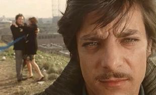 Giancarlo Giannini in Dramma della gelosia (tutti i particolari in cronaca) (1970)