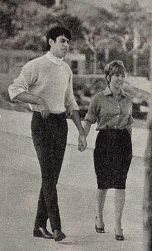 Teocoli con l'allora fidanzata Wilma Goich nel 1965