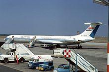 Un Ilyushin Il-62 della United Arab Airlines (UAA) a Fiumicino nel 1971