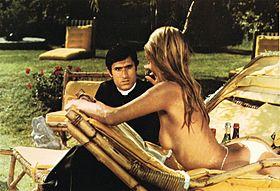 Il prete sposato (1971) - Lando Buzzanca e Barbara Bouchet.jpg