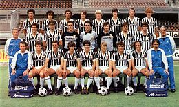 Juventus Football Club 1982-1983.jpg