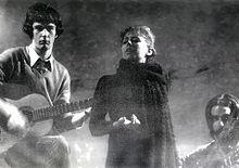 Francesco De Gregori, Caterina Bueno e Antonio De Rose durante un concerto nel 1971