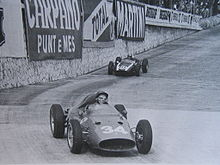 Richie Ginther a bordo della Ferrari 246 F1