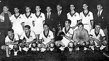 La Fiorentina con la Coppa delle Coppe 1960-1961.