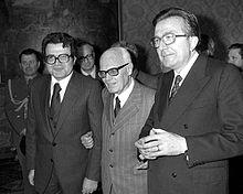 Prodi (a sinistra), Sandro Pertini (al centro) e Giulio Andreotti (a destra) nel 1978.