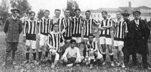 Una formazione dell'Audax Foot Ball Club nel 1912, anno della fusione con l'Associazione Studentesca del Calcio che portò alla nascita del Modena Football Club.