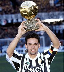 220px-Roberto_Baggio%2C_Juventus%2C_Pall