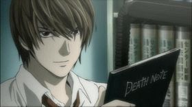 Light con il Death Note