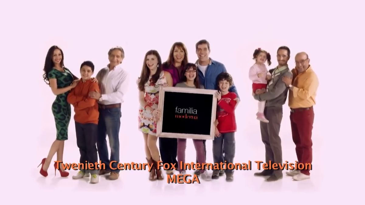 Familia moderna wikipedia for Casa moderna wiki