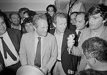 220px-Serie_A_1981-82_-_Catanzaro_vs_Juv