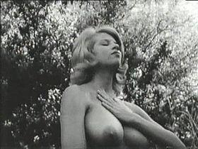 regista film erotici badoo ricerca