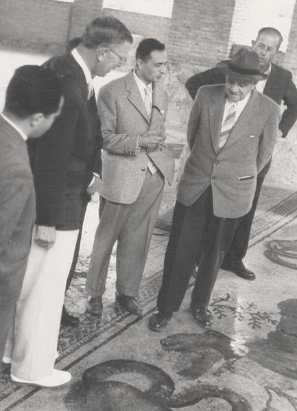 File:1952 GinoVinicioGentili.jpg