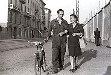 Italia, anni '50: ritorno a casa di una