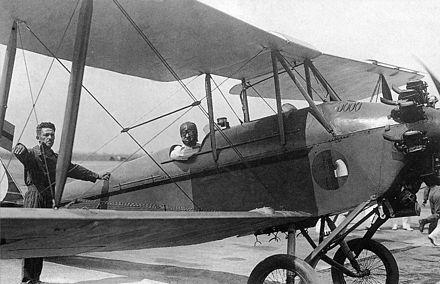 Un Caproni Ca.100 del tipo in dotazione al 15º Stormo.