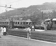 Il treno Italicus dilaniato dall'esplosione di una bomba