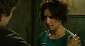 Amanda Young in uno screenshot del film Saw II - La soluzione dell'enigma