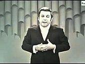 Paolo Villaggio, durante una trasmissione televisiva degli anni sessanta
