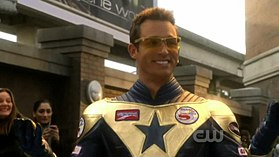 Eric Martsolf  interpreta Booster Gold in Smallville